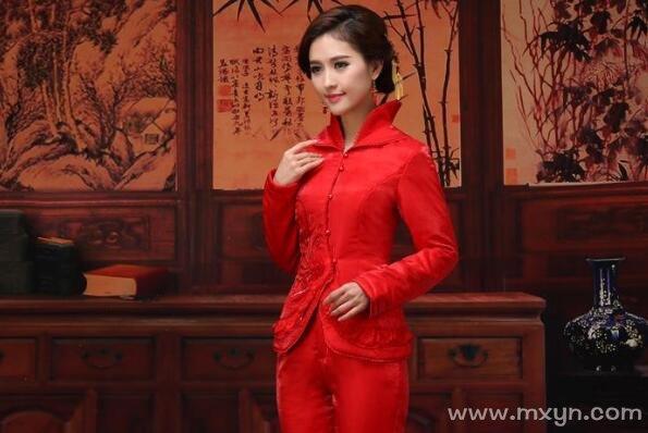 梦见红衣服