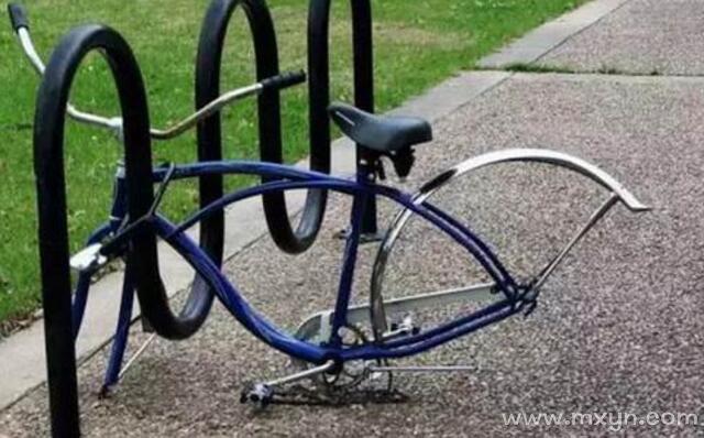 梦见自行车被偷