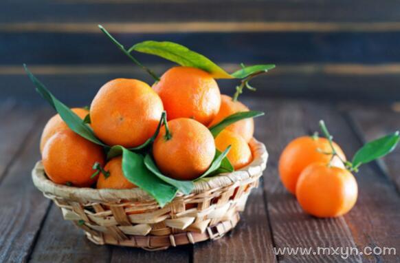 梦见吃橘子