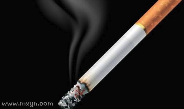 梦见自己抽烟