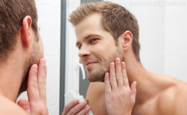 梦见照镜子