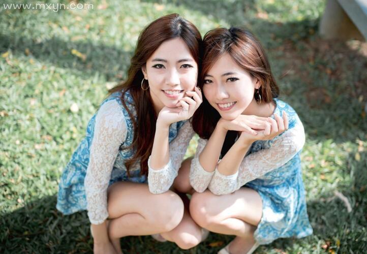 梦见双胞胎女孩