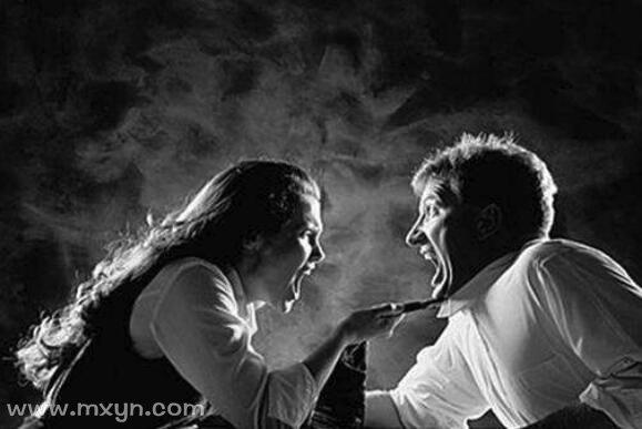 梦见和老婆打架
