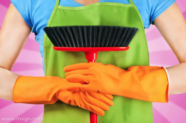 女人梦见打扫垃圾