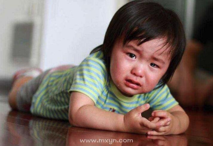 梦见小男孩哭