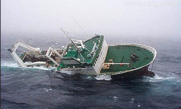 梦见船沉了