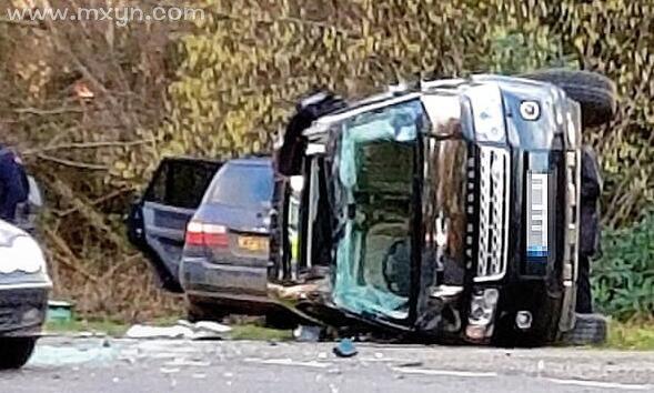 梦见出车祸