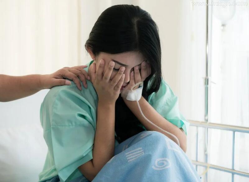 未婚女子梦见自己怀孕