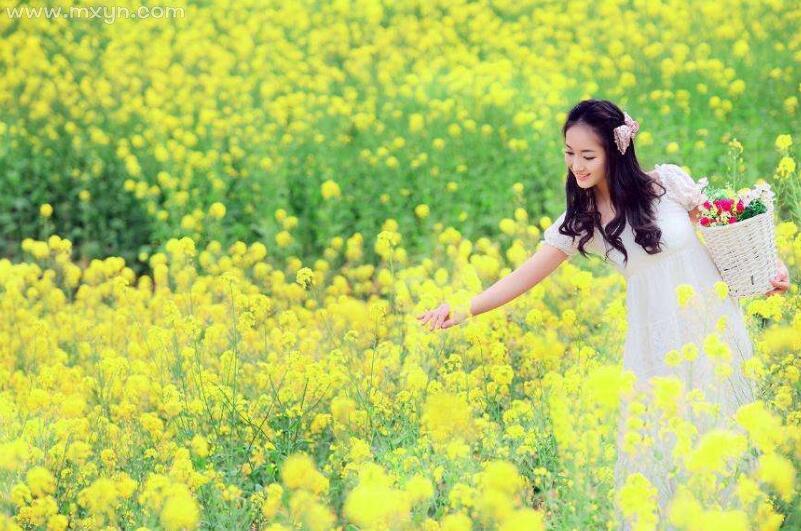 女人梦见花开的很漂亮