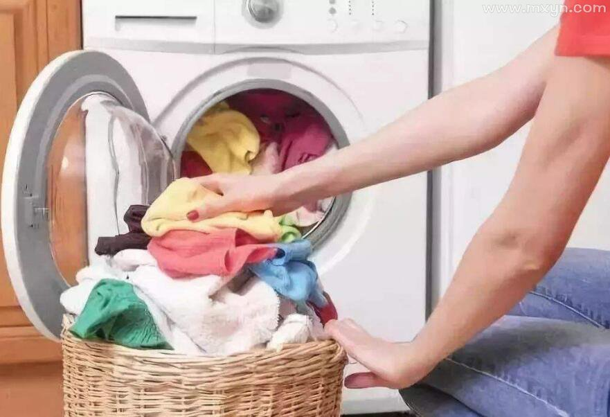 梦见洗衣机洗衣服