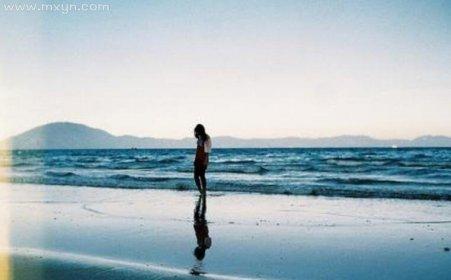 梦见站在水里