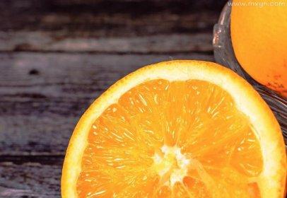 梦见吃橙子